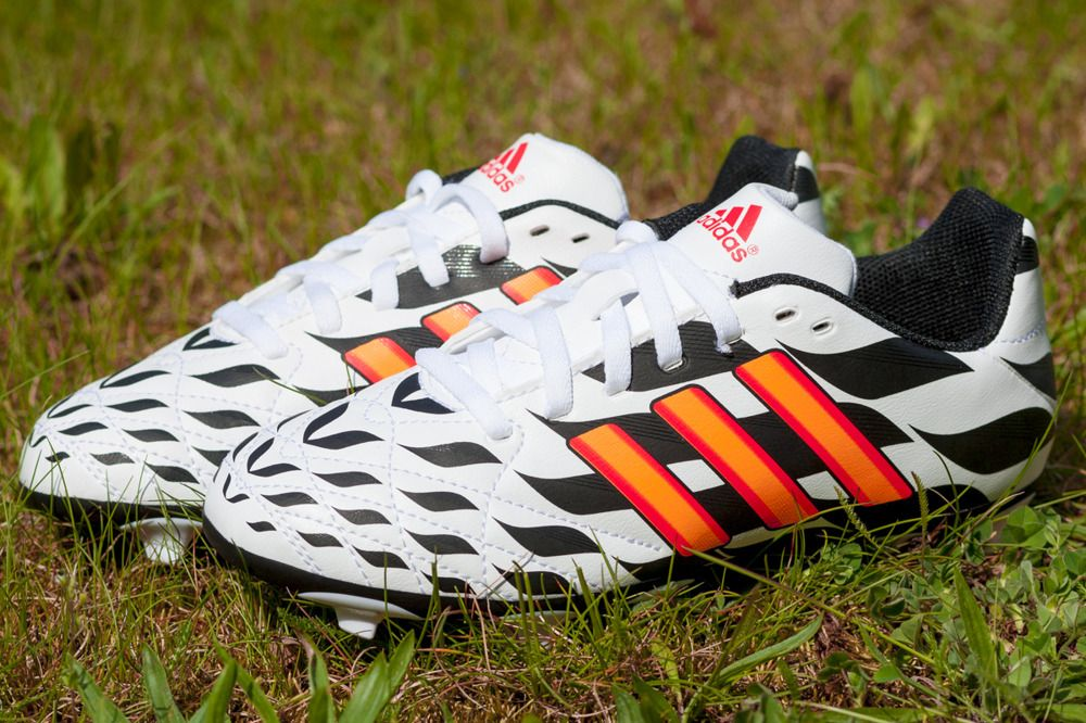 Adidas 11questra FG J (WC) M19896 38 2/3